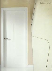 Puerta lacada 902