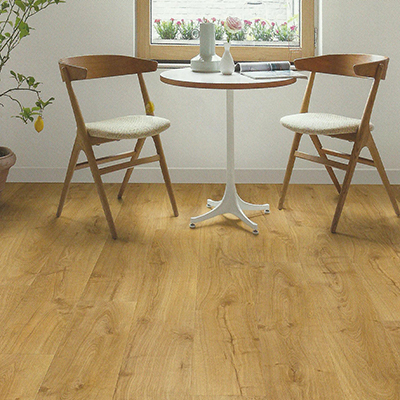 Suelo laminado roble natural