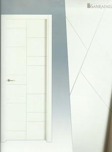 Puerta lacada 941
